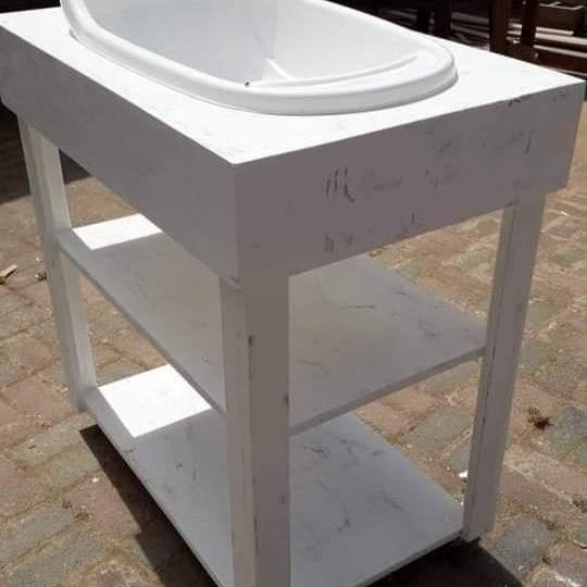 Bath Compactums